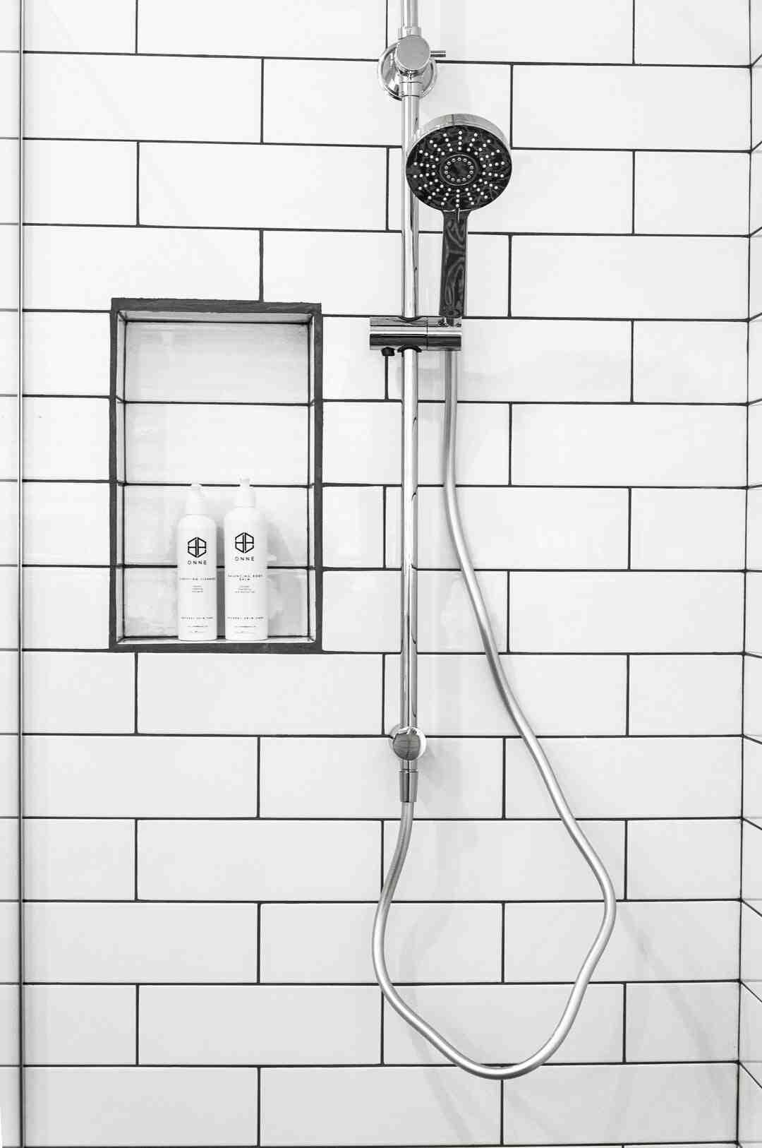 Comment remplacer un robinet de douche